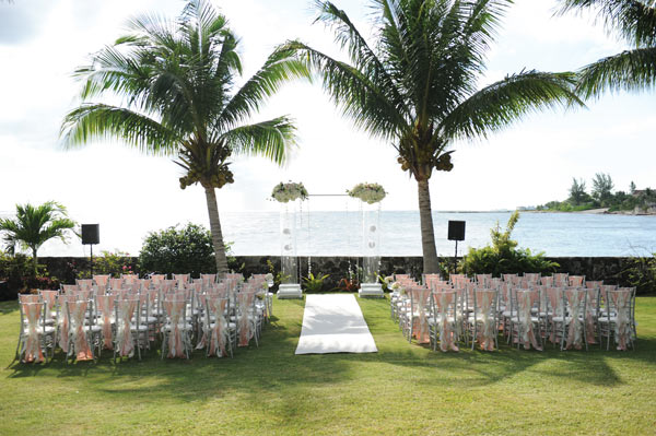 Outdoor Wedding sitting arrangement